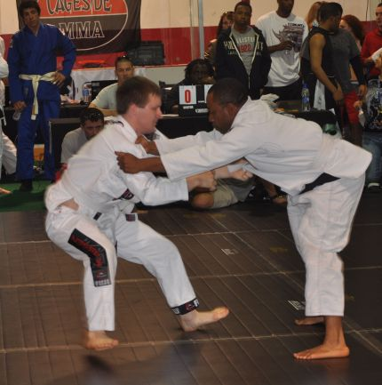 Danger: No Stripe White Belt Trying To Pull Guard